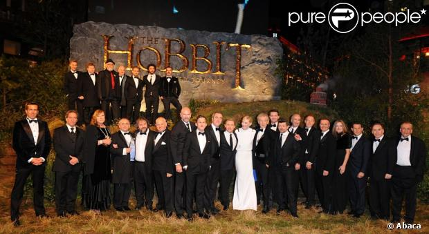 1003536-cast-and-crew-including-cate-blanchett-620x0-1