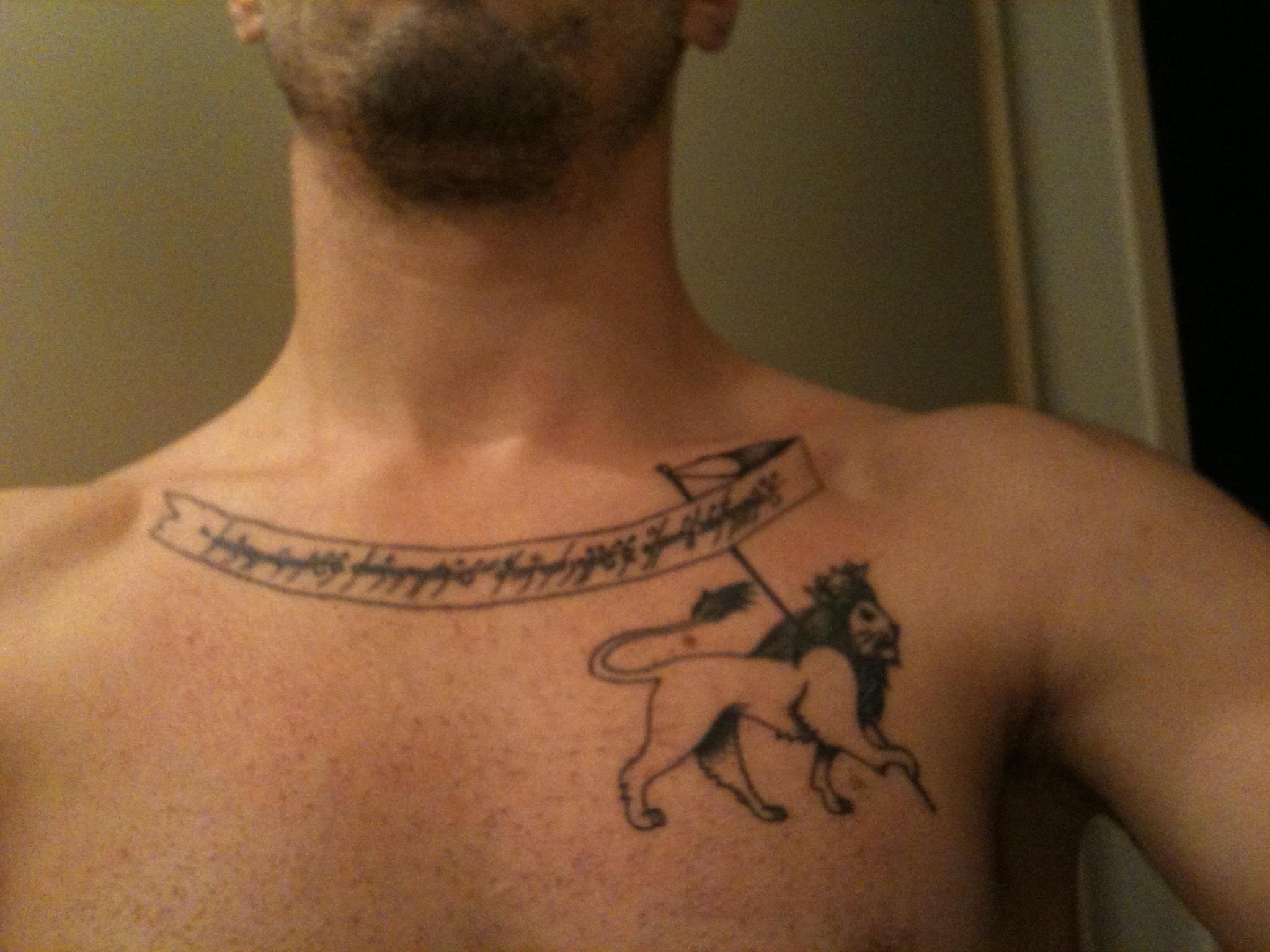 Toile tatouage signification fashion designs - Signification etoile tatouage ...