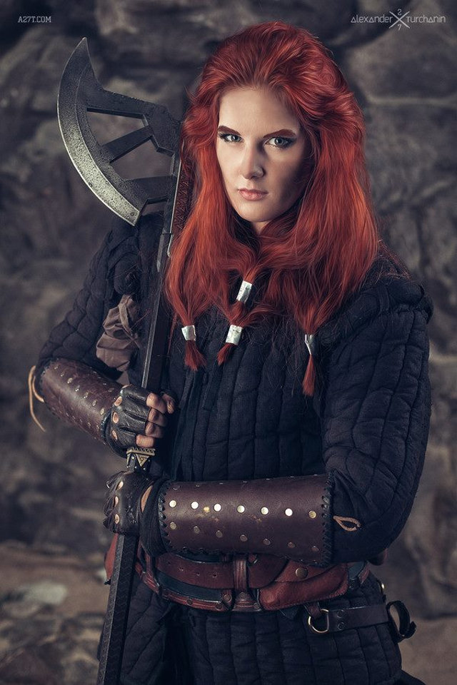 female-as-male-hobbit-cosplay-7