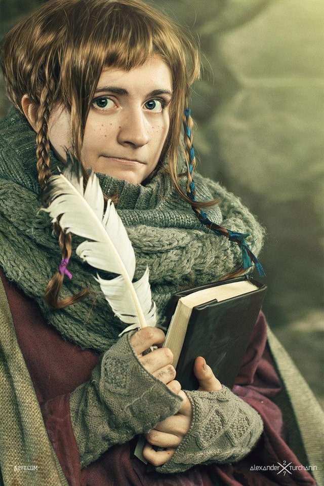 female-as-male-hobbit-cosplay-8