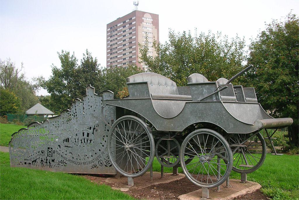 Lanchester_car_sculpture