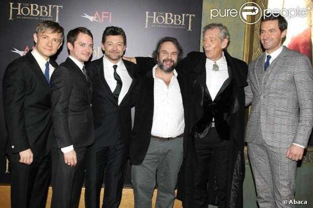 998443-cast-photo-of-the-hobbit-arriving-for-620x0-1